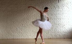 dazzling-russian-ballerina-sensually-reveals-her-sexy-body