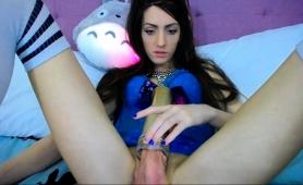 slender-brunette-shemale-pleases-herself-on-the-webcam