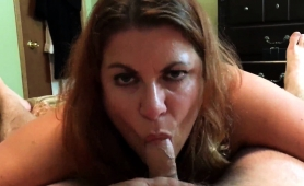 luscious-amateur-wife-using-her-lips-to-please-a-meat-pole