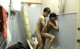 petite-babe-gets-banged-by-her-boyfriend-in-the-shower